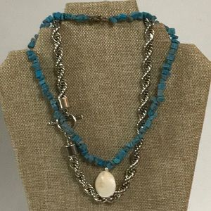 Jewelry - Toggle necklaces